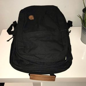 Fjallraven Bags - Fjallraven Raven 28 liter backpack with 💻 pouch